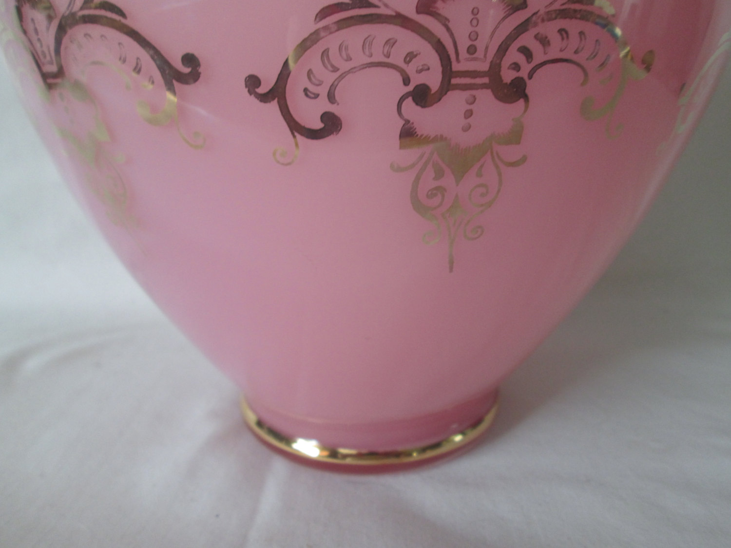 Vintage Beautiful Large French True Pink Ruffle Top Vase Gold Trim With Cameos Glass Vase Carol S True Vintage And Antiques