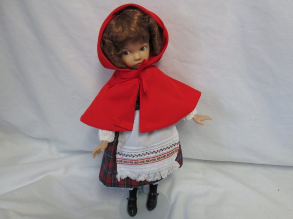 Vintage Dianna Effner Little Red Ridding Hood 1995 Artist Designed Limited Edition Doll Fine Porcelain Bisque