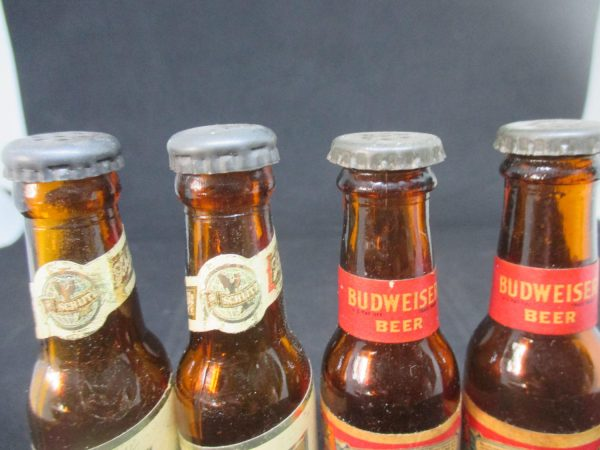 Fantastic 2 Pair Schlitz and Budweiser Bottles Salt & Pepper Shakers decor collectible display tableware kitchen farmhouse cottage BAR 60's