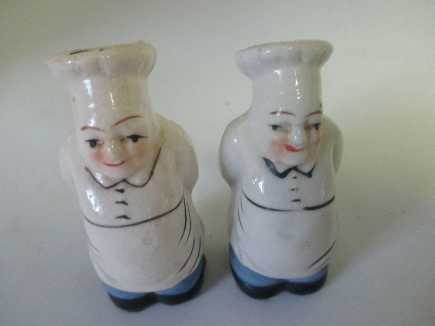 Mid Century Porcelain Chefs Salt Pepper Shakers Cottage Collectible Display Farmhouse Country Kitchen Dining French Decor Carol S True Vintage And Antiques