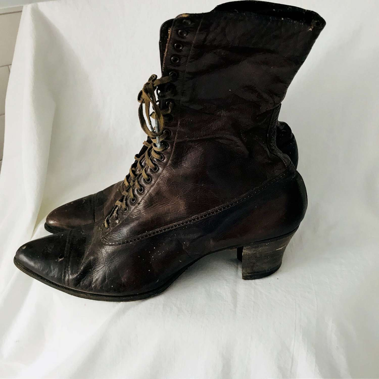 Antique late 1800's Womens lace up