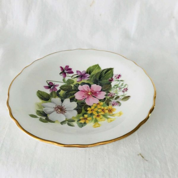 Beautiful samll trinket dish plate floral collectible display ring pin nut dish gold trim Royal Grafton country flowers pattern farmhouse