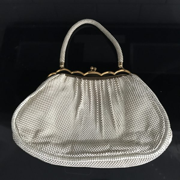 Vintage Chain Mesh handbag purse Whiting and Davis Ivory with gold scalloped trim tv movie prop collectible display purse