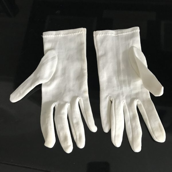 Vintage pair of white dress gloves collectible display movie tv prop 1950's women's gloves size medium formal wedding special event